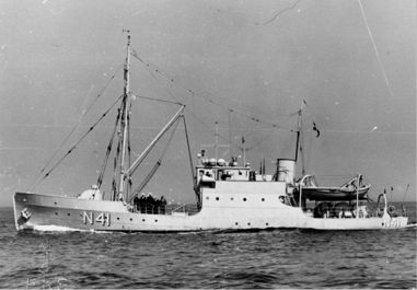 The minelayer LOUGEN