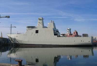 The second hull for the KNUD RASMUSSEN Class of arctic patrol vessels has arrived at Karstensens Skibsværft A/S in Skagen