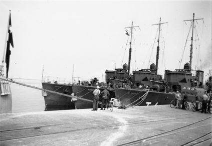 The three Torpedo boats of the GLENTEN Class moored side by side